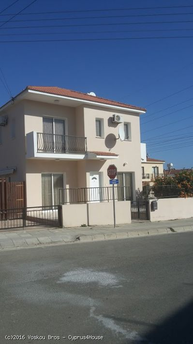Two bedroom corner house